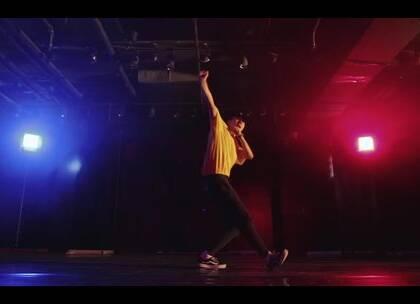 刚刚从美国进修回来的韦健@韦健WillJay 老师新作品 @嘉禾舞社望京店#舞蹈##嘉禾舞社#