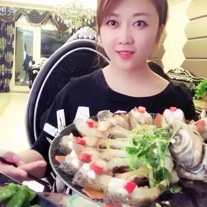 #美食#孔雀开屏鱼..颜值高的一款清蒸菜..不管是来亲戚朋友.或者过年过节.都可以小露一手哦..做法又十分简单..喜欢就转走吧...看完给个赞呗😉😉