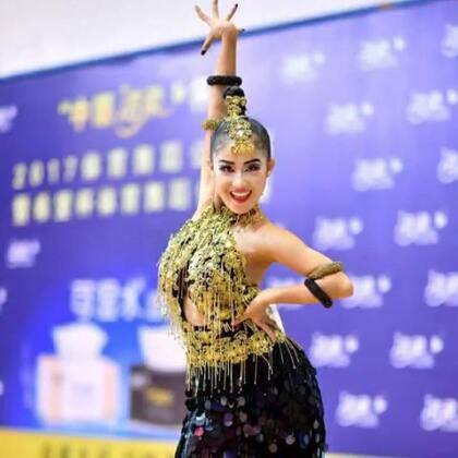 学校需要拉丁舞老师的可以联系我~师资充足😏😏😏#舞蹈##拉丁舞#