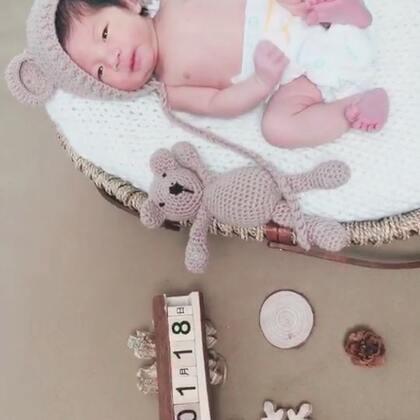 #宝宝##宝宝成长记#我儿子的艺术照哈哈哈哈@美拍小助手 @嘉博姐姐 @迪拜樊 @穿衣助手 #宝宝游泳#