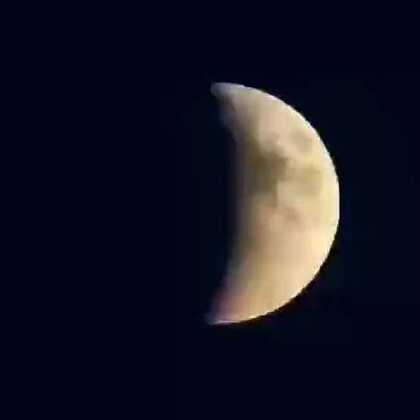 昨天出现了红月亮,152年难得一见,你们看到了吗?