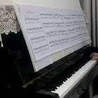 《The Bumble Bee》感谢小小鱼(凯肉)给的谱,终于有时间弹这个拉赫玛尼诺夫改编版了,感觉曲小但很难,可能练的时间太短了,没有舍出彩之处,就弹个意思意思喽!?? #音乐##钢琴#