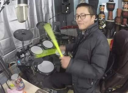 #U乐国际娱乐##架子鼓##爵士鼓# 两个人 凯文先生 架子鼓 爵士鼓