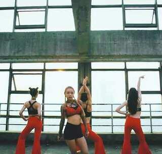 单色舞蹈(武汉)钟家村馆59期萌萌爵士舞教练班学员展示 零基础 三个月#舞蹈##爵士舞##精选#@美拍小助手@玩转美拍