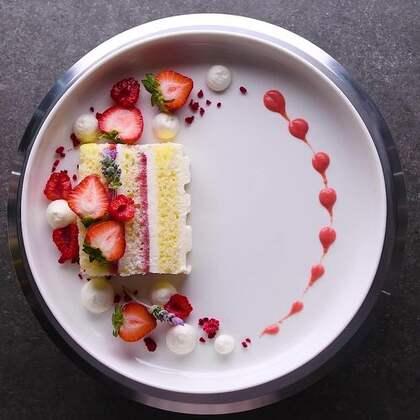 花式摆盘技巧,看到颜值这么高的甜品真是舍不得把它吃掉🎉🎉#美食##半夏食谱##我要上热门#