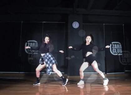 韩舞公举们的新舞 Lip & Hip @Sugar_Alex珍大笑 @高高直直+ @嘉禾舞社长沙雨花店#舞蹈##嘉禾舞社##泫雅#