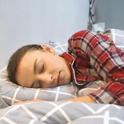 每次想早睡的时候总会遇到一些事情……你们是不是这样?😂😄#说好的早睡呢##精选#(点赞➕评论抽3个宝宝送新年小礼物)