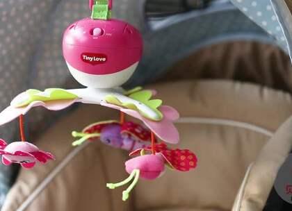 带宝出门,宝宝总是吵闹想回家?推荐三款可以挂在婴儿车上的创意玩具,随时随地逗乐宝宝,让宝妈能够轻松逛街会友。#宝宝##育儿# @美拍小助手 贝贝粒,让育儿充满欢笑。