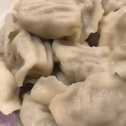 大胖饺砸!#吃秀##美食##锅儿姐就不嚼#