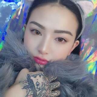 春节快乐宝宝们来化妆咯!过年也要美美的#U乐国际娱乐化妆#