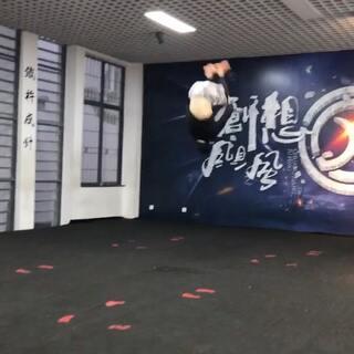 他在空中转2圈#运动##跆拳道##舞蹈#