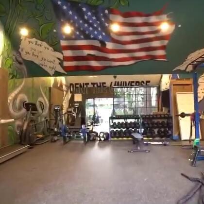 准备已久的健身房终于可以跟你们见面啦,我实在是太喜欢它了!#热门##搞笑#
