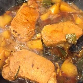 晚饭 今天晚饭是大排炖白萝卜 扁豆炒火腿 味道不错 ☺😊😀😊😊😊😜#宝宝##吃秀##美食#@美拍小助手