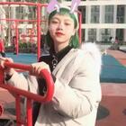 👧🏻春节期间就是到处走街串巷 是一个出门头发也没有洗懒得只涂个口红的🐷🐷女孩了 ( ˙̆⚇˙̆ )#可愛くなりたい##精选#@美拍小助手