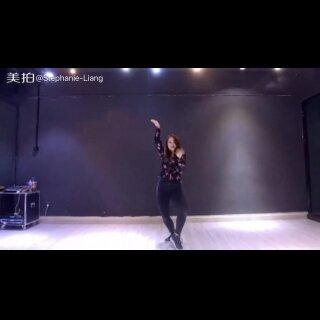 #我要参加wod世界舞蹈大赛#【歌曲:Havana 编舞:Stephanie】💗💗💗新舞来咯~ 最近着迷于这一首歌的旋律中🎶😍@广州MegaSoul舞蹈培训