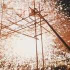中国流传千年打铁花,八壮汉赤膊捶打1600℃铁水,火花飞溅比烟花还要绚丽#二更视频##守艺人##我要上热门#