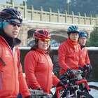 杭漂美女骑行千里回家过春节, 不为省钱而是为了...#二更视频##运动##我要上热门#