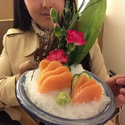 #吃秀#每次吃完日式料理,都觉得好口渴,然后就狂喝水的节奏,你们有没有这种感觉?@美拍小助手
