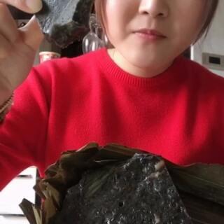 #吃秀#青田糖糕 不过是黑芝麻的 还有番薯干跟麦芽糖😇 加小段我日常 都是一天里拍的😝#热门#@美拍小助手