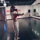 今天红房子两节课,感觉自己又活过来了。好爽!Music is my soul. #美国红房子舞蹈##跳舞##马甲线#