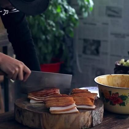 蒸扣肉:蒸制时间一定要长,火候一定要足,这样口感才会软糯、好吃、不腻!#美食##我要上热门#