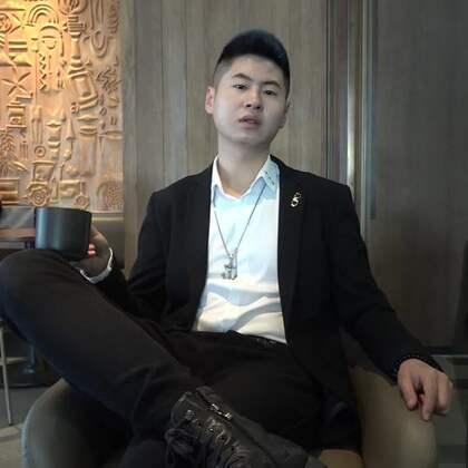 我年纪轻轻, 就在北京深圳有房, 开着几百万的跑车!关注我的美拍,正On寇,观看更多精彩视频!