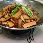 腊月已去,腊肉还在,配上柴火香干让你再添两碗米饭!#美食##家常菜##黄掌勺#