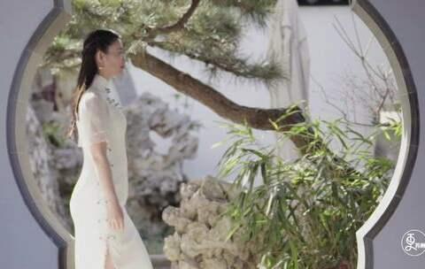 【二更视频美拍】美女改行做旗袍, 设计灵感全部来...