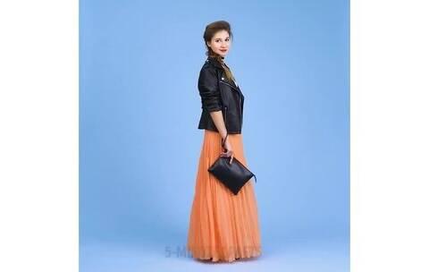 【时尚女神穿搭美拍】一件黑色皮衣的10种搭配 这样穿...