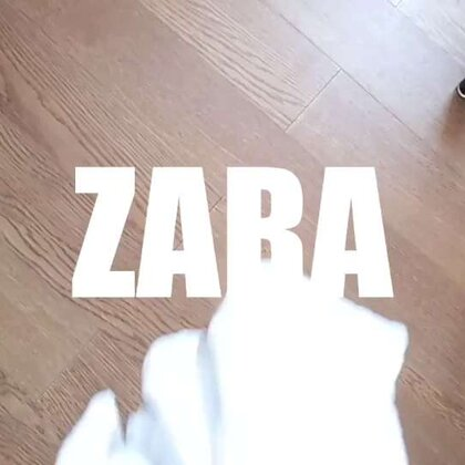 #穿衣搭配##穿秀#春天已经到了,夏天还会远吗?zara的一件简单白t恤,穿出9种搭配,不同的风格!快get起来!♡#白T穿搭#