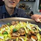 「毛蛤肉炒韭黄」下酒又下饭,老头子的最爱...👻#美食##热门#
