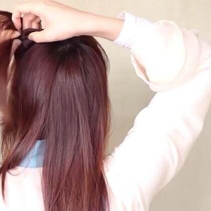 中短发汉服的日常发型!这股头发从这穿进去,减龄又可爱!#美妆##汉服发型##汉服日常#