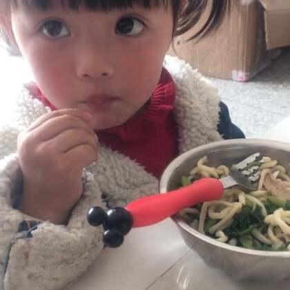 #宝宝#自己吃饭的
