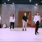 #舞蹈#好久没更视频啦❤️,最近在上韩国IM全能舞者jiyoung和电音舞女王jane kim的课,课堂超嗨~跳的很开心。值得多多学习!来几个课堂片段~找找我在哪儿?😄#我要上热门#