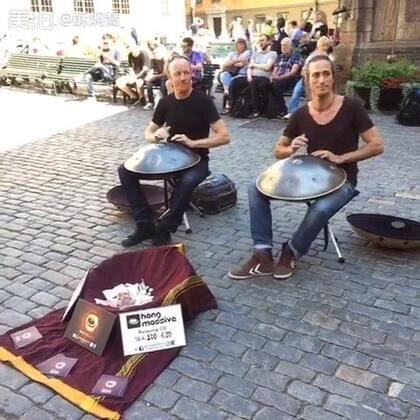 2015年8月在斯德哥尔摩街拍的两位音乐人Hang Drum 的演奏,好听极了😄