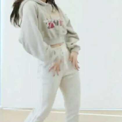 #CLC - BLACK DRESS#Sorn难道没人喜欢她吗?这次我把所有的成员都发了一遍,方便认人😘#舞蹈# 敏雅韩舞专攻班公众号MinyaCola