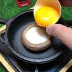 香菇太阳蛋#美食##迷你厨房##我要上热门@美拍小助手#@美拍精选官方账号
