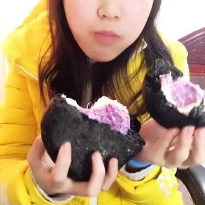 #吃秀##吃货#整一个乳酪芋泥面包,这种面包特别实在,也适合爱吃面包的减肥妹子吃,热量低
