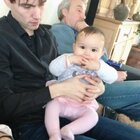 #宝宝##荷兰混血小小志&柒##精选#柒妹妹认得爸爸,木有特殊反应... ...柒宝不见爸爸妈妈哭的厉害,谁都不要只要奶奶抱抱!哈哈哈!