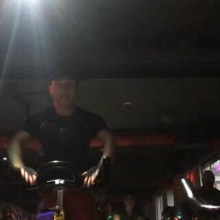 花式动感单车谢鹏飞的美拍:动感单车教学视频