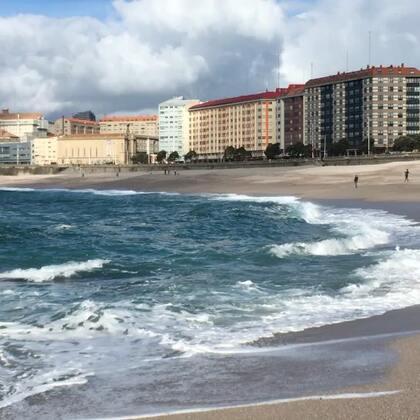 蓝色海水#旅行##西班牙#