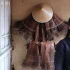 (下集)剥出来的棕叶扔了觉得可惜,做了件蓑衣就当装饰吧!#蓑衣##云南#