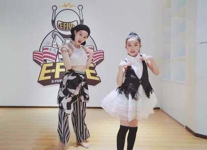 厦门E-Five流行舞蹈工作室 @[李芭蕾▲△] 老师 Contemporary Choreography #热门##舞蹈#@美拍小助手