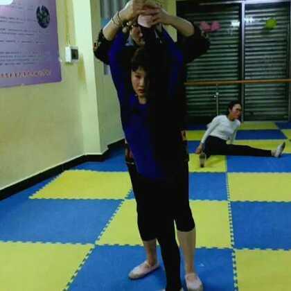 舞蹈基训课堂#舞蹈基训课##宝宝##张佳琦#