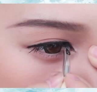 一款简单气质妆容!跟着她学!眼线处理超级简单!#眼妆#
