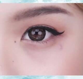 眼线尾连接这个地方!这样画出来的眼线!特别适合想要尝试猫眼又害怕过于浮夸的小仙女!#眼妆#