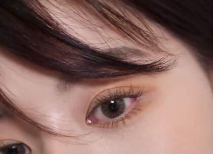 #我要上热门##美妆时尚#春日自然哑光妆容,最简单的颜色勾勒出精致五官~😘☺#哑光妆容#