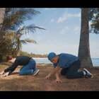 """#舞蹈#??""""What happened to u""""Usher.. 上次和@Oceann827 一起合作的编舞。上个月一起去新加坡????的海边拍摄了这个视频??非常漂亮,非常享受。希望你们能喜欢??#abby编舞#@美拍小助手 @SINOSTAGE舞邦"""