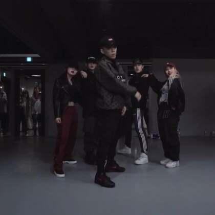 #舞蹈##1milliondancestudio# 【4.29-5.1在重庆】Koosung Jung编舞Ric Flair Drip 更多精彩视频请关注微信公众号:1MILLIONofficial 微信客服请咨询:Million1zkk