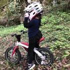 🚴🏻♀️……………#宝宝骑自行车##自行车##速降#
